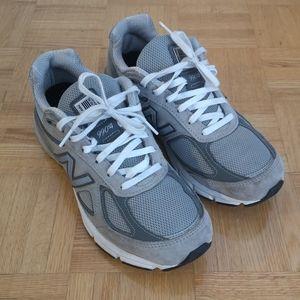 New Balance 990v4 Women's Size 9 B Grey